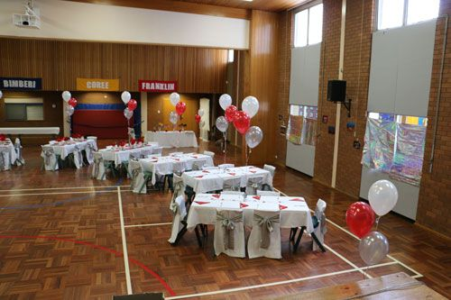 Table placement in the hall