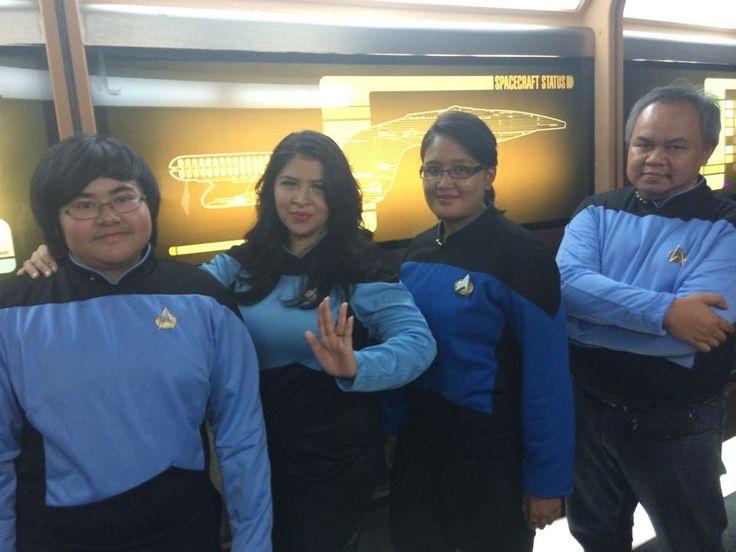 20140712 - Costume Invasion Day, TNG science officers ( L-R ) : Ensign Oliver, Capt. Widha, Lt. Minut, Capt. Hadi - tks to Hilmy