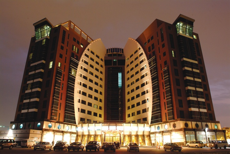 The Elite Grande hotel is located in the Seef area adjacent to the Bahrain City Center Mall - one of the largest shopping complexes on the island.All suites are well equipped with lavish bathrooms, home theater in 2 & 3 bedrooms with surround-sound stereo, DVD, digital satellite television with a wide choice of satellite channels, hi-speed WiFi Internet access, direct dialing facility with voice mail and digital safe-deposit lockers.