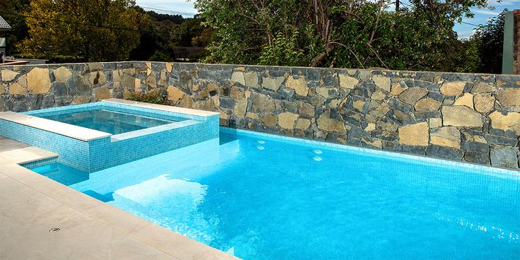 51 best hisbalit spanish pool tiles images on pinterest pool tiles spanish pool and swimming for How to say swimming pool in spanish