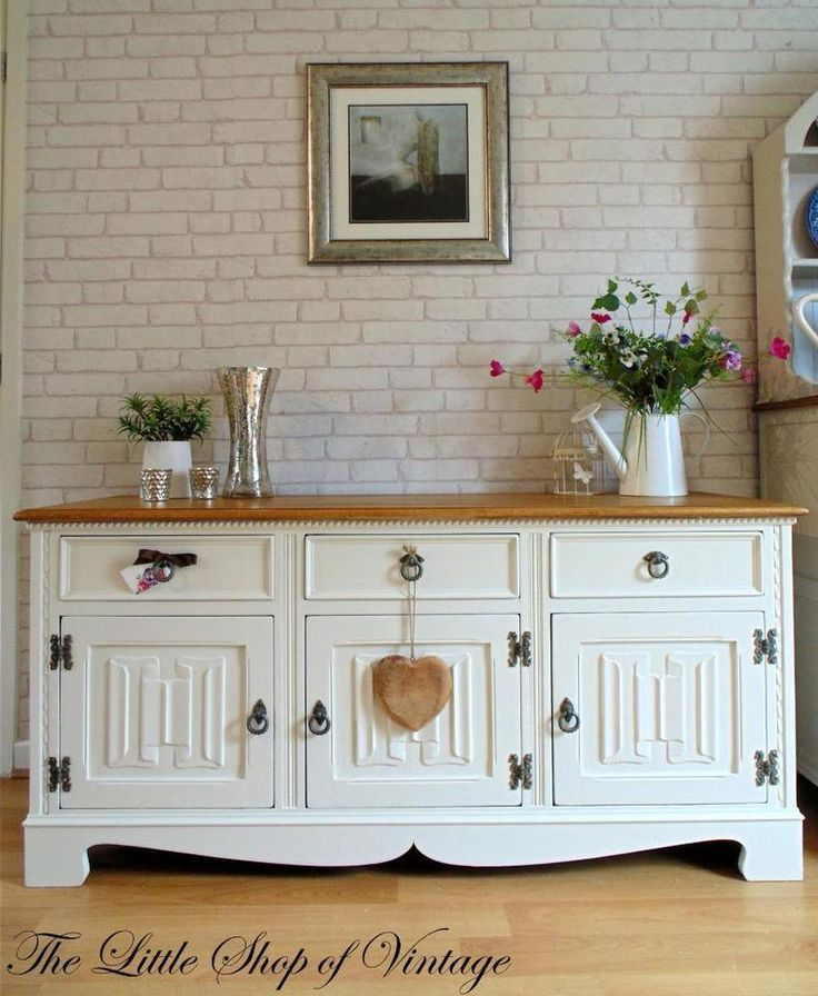 Stunning Solid Oak Low Sideboard Cupboard Cabinet Drawers Dresser Shabby  Chic