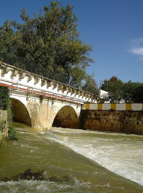 Rio Almonda, em Torres Novas, Portugal