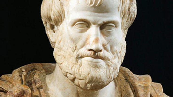 13 - ... mener à de fausses conclusions (règles de validité). Dans le raisonnement, les relations fondamentales forment des syllogismes. Dans un fameux exemple, les deux prémisses « Tous les hommes sont mortels » et « Tous les Grecs sont des hommes » établissent la conclusion que « Tous les Grecs sont mortels ».  Aristote considère également le syllogisme comme l'instrument privilégié de la science, en ce qu'il permet, à partir de principes généraux et universels, de passer à un savoir...