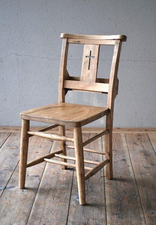 ワックスを使った家具。アンティーク調のおしゃれな感じに。