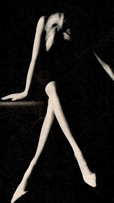 legs: Photos, Contrast, Black Photography, B W, Art, Inspiration Photography, Beautiful, Light