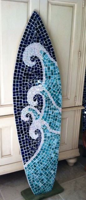 Mozaik kaplama sörf tahtası -