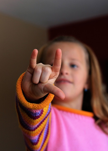 7 Reasons Parents Hesitate to Learn Sign Language