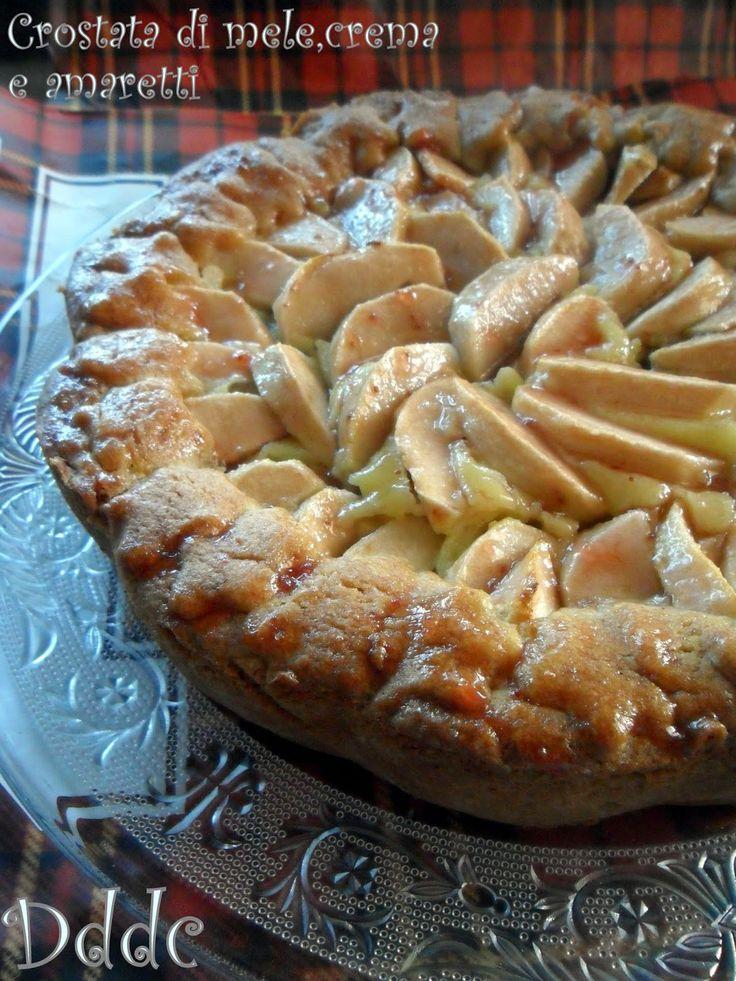 Dolci delizie di casa: Crostata alla crema,mele e amaretti