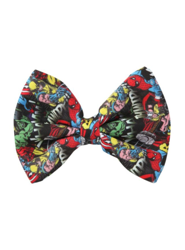 Hair bow from Marvel Comics with an allover characters collage design.