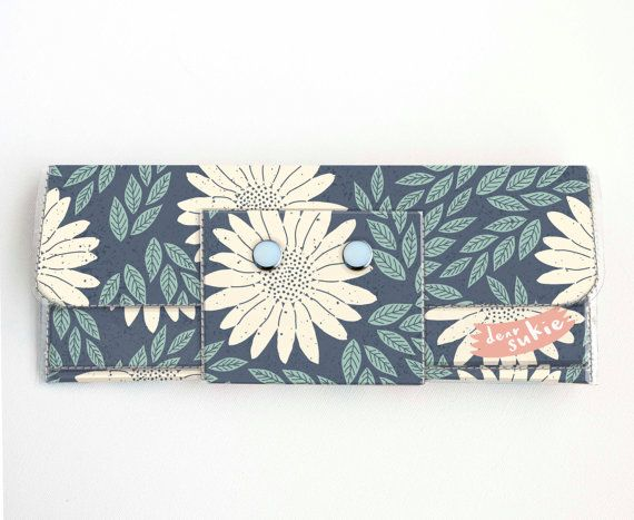 Check out this item in my Etsy shop https://www.etsy.com/ca/listing/500376603/handmade-vinyl-long-wallet-daisy-blue