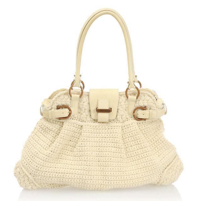 Salvatore Ferragamo Salvatore Ferragamo Crochet Wire Handbag NDSLA7Y