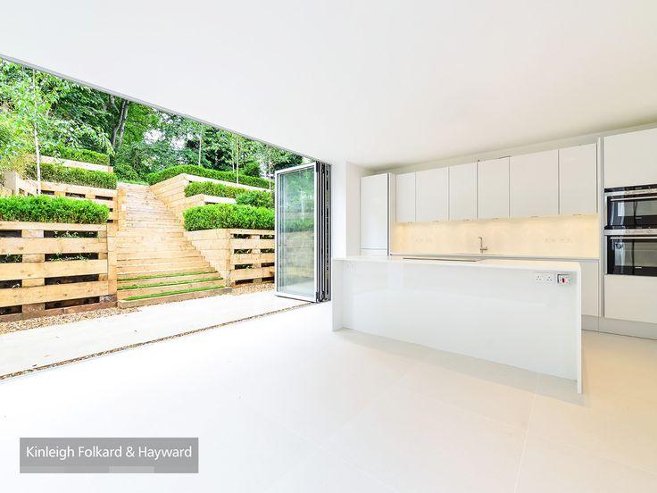 #garden #kitchen #white #bifolddoor #kfh
