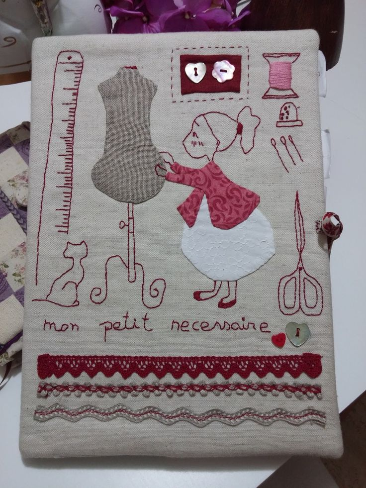 Hola Chicas, hoy os traigo una agenda de notas que hice para apuntar mis notas de patchwork......   El dibujo es de Vanessa Ouache y au...