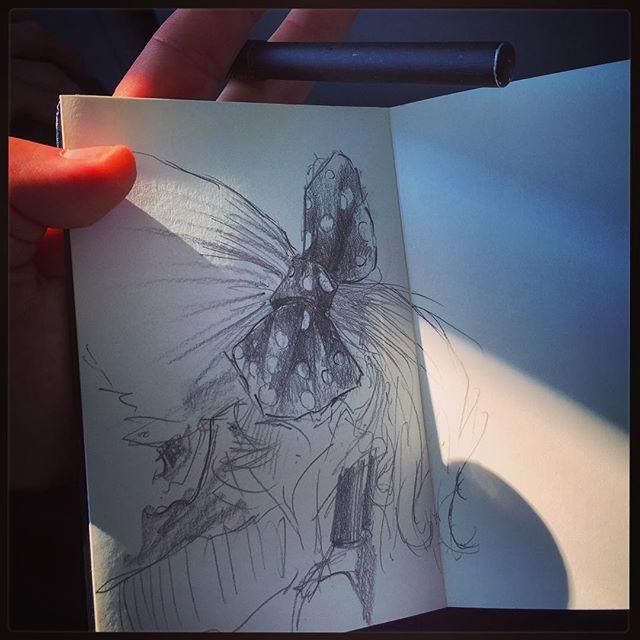 Anatomía de un moño. #gentequesedibujaeneltren #sketch #trainpeople #bocetorapido #boceto #8B #sketchbook
