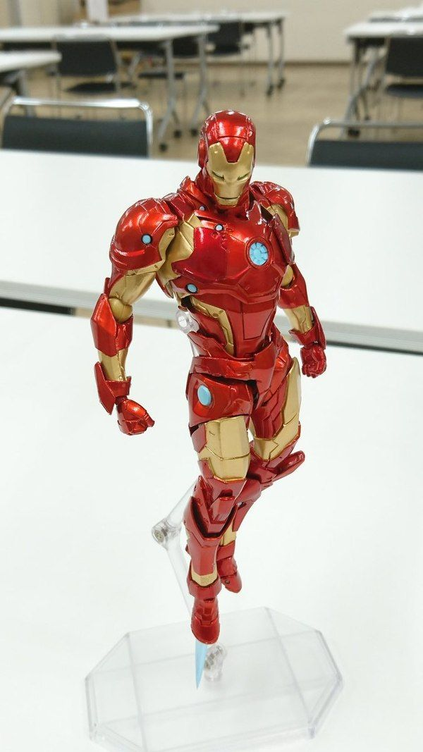 New Amazing Yamaguchi Revoltech Bleeding Edge Iron Man Figure Images Iron Man Lego Iron Man Iron Man Armor