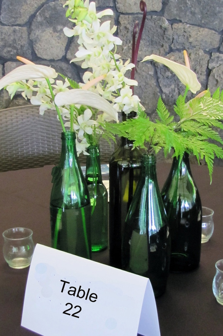 Wine Bottle centerpiece-Green Bottle Vases-Recycled Bottles-Set of  Decor-Wedding Decoration-Shaby Chic-Farm Chic-Flower Vase.