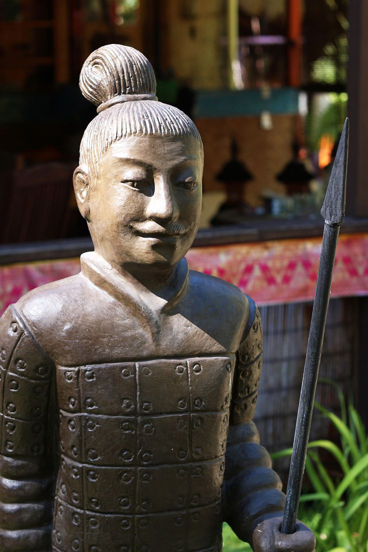 Guard your private sanctuary with these unique terracotta warriors http://www.baligarden.com