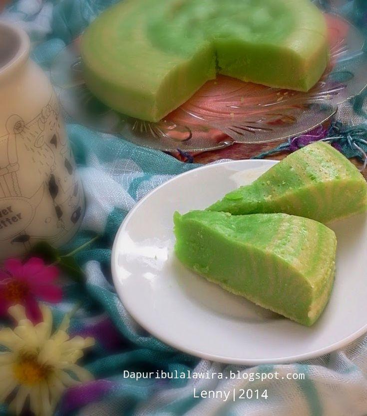 Manfaatkan sisa putih telur, aku buat cake cantik ini. Pertama kali dapat resep dari teh Nina Nuaracakes di group BKR Pekanbaru. Ini ka...