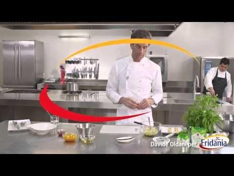 Chef Davide Oldani - Ricetta: Spugna soffice di carote e arance - YouTube #eridania #ricetta #Che #Oldani #video