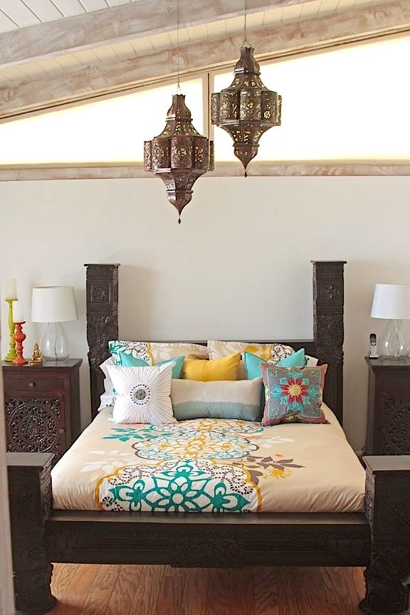hand carved jhula pillar canopy bed in 2019 indian bedding rh pinterest com