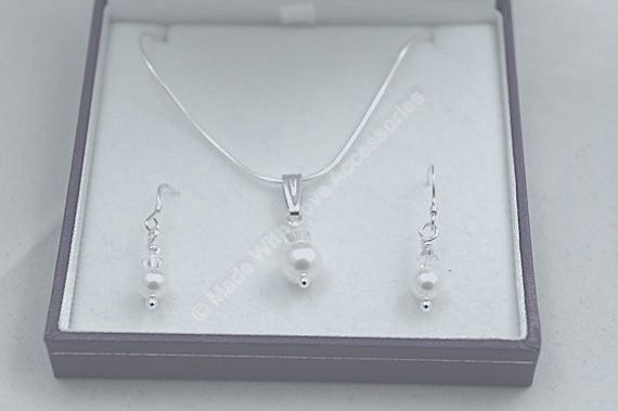 Necklace and Earring set - Swarovski Crystal & Pearl - Bridal Accessories, Bridesmaid's Gift