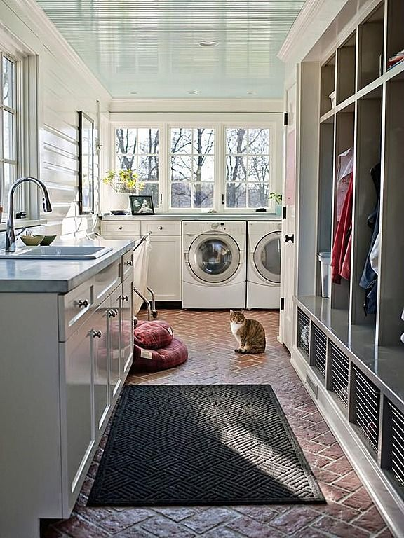 Mud room + laundry room + cubbies = the ultimate utility room! Love have light and aired it is