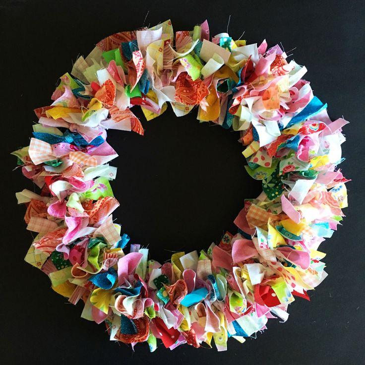 Blukatkraft Easy Diy Scrap Fabric Ribbon Wreath: How To Make A Rag Wreath