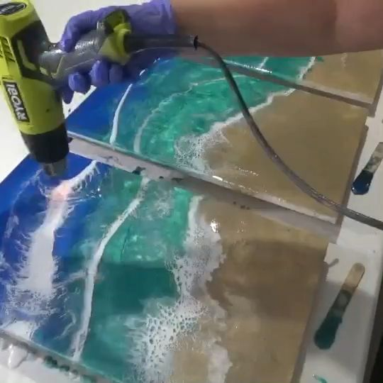 How I achieve cells and lacing in my resin