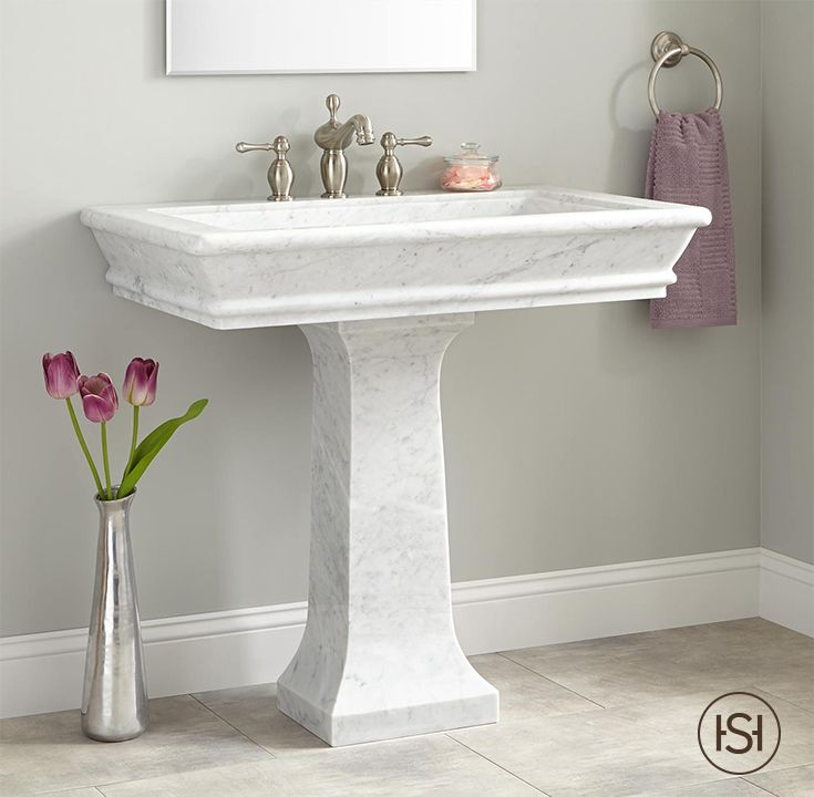The Beautiful Veining Of The 36 Polished Carrara Marble Pedestal