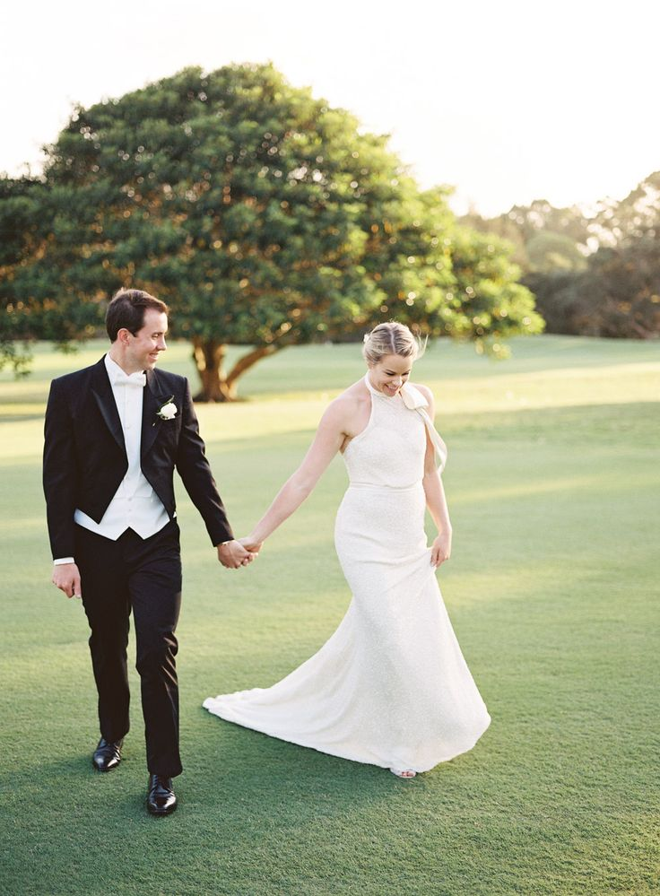 Inspiring post by Bridestory.com, everyone should read about An Elegant Wedding in Sydney with Sumptuous Blooms on http://www.bridestory.com.au/blog/an-elegant-wedding-in-sydney-with-sumptuous-blooms