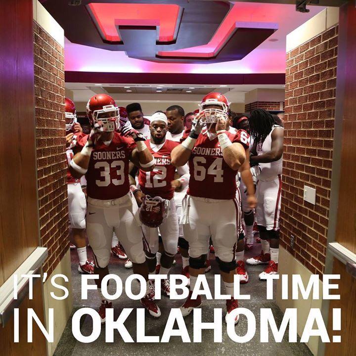 It's football time on OKLAHOMA!