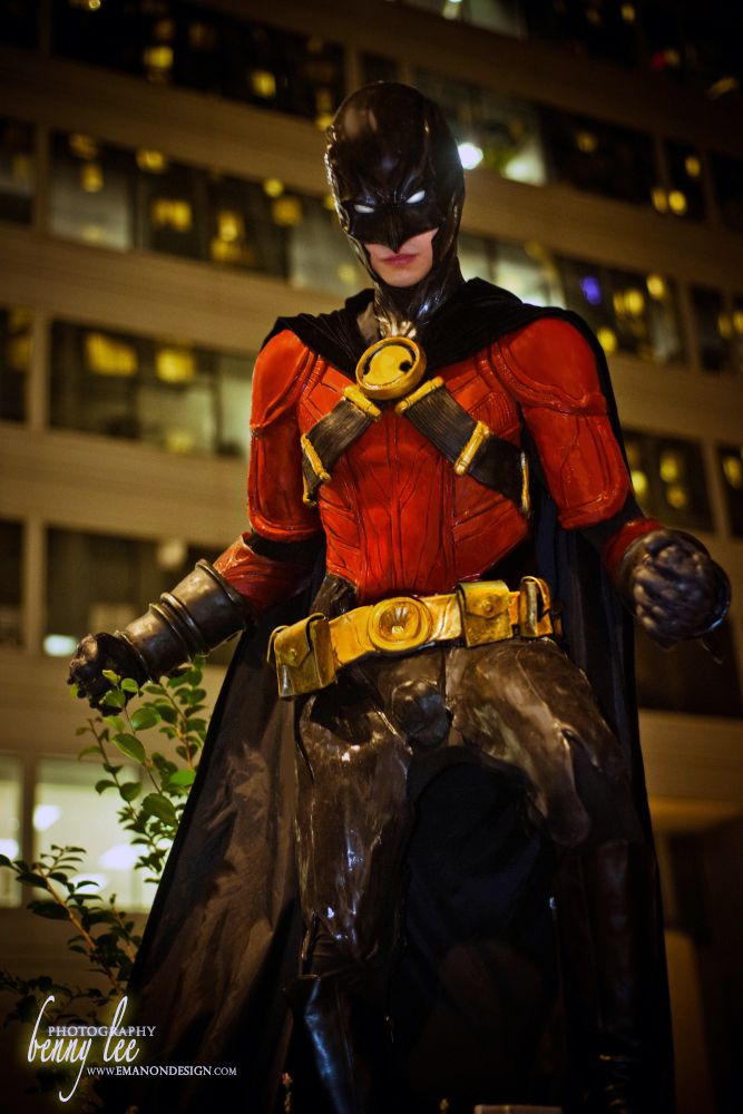 Red Robin, by Kiarou, photo by Benny Lee Photography.