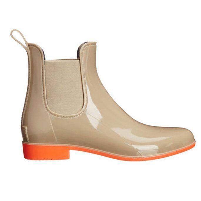 Rainy days are never fun but with these adorable wellies, you can splash through the puddles in style.