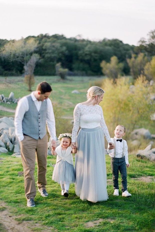 Space 46 tulle skirt, chilled blue tulle skirt, gray tulle skirt, engagement maxi skirt, engagement tulle skirt, tulle skirt outfit ideas, family photo outfit ideas, Samantha Kirk photography