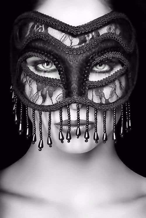 masqueWedding Accessories, Black Lace, Face, Black White Photography, Masquerades Parties, Masks Masquerades, Beautiful, Beads, Eye