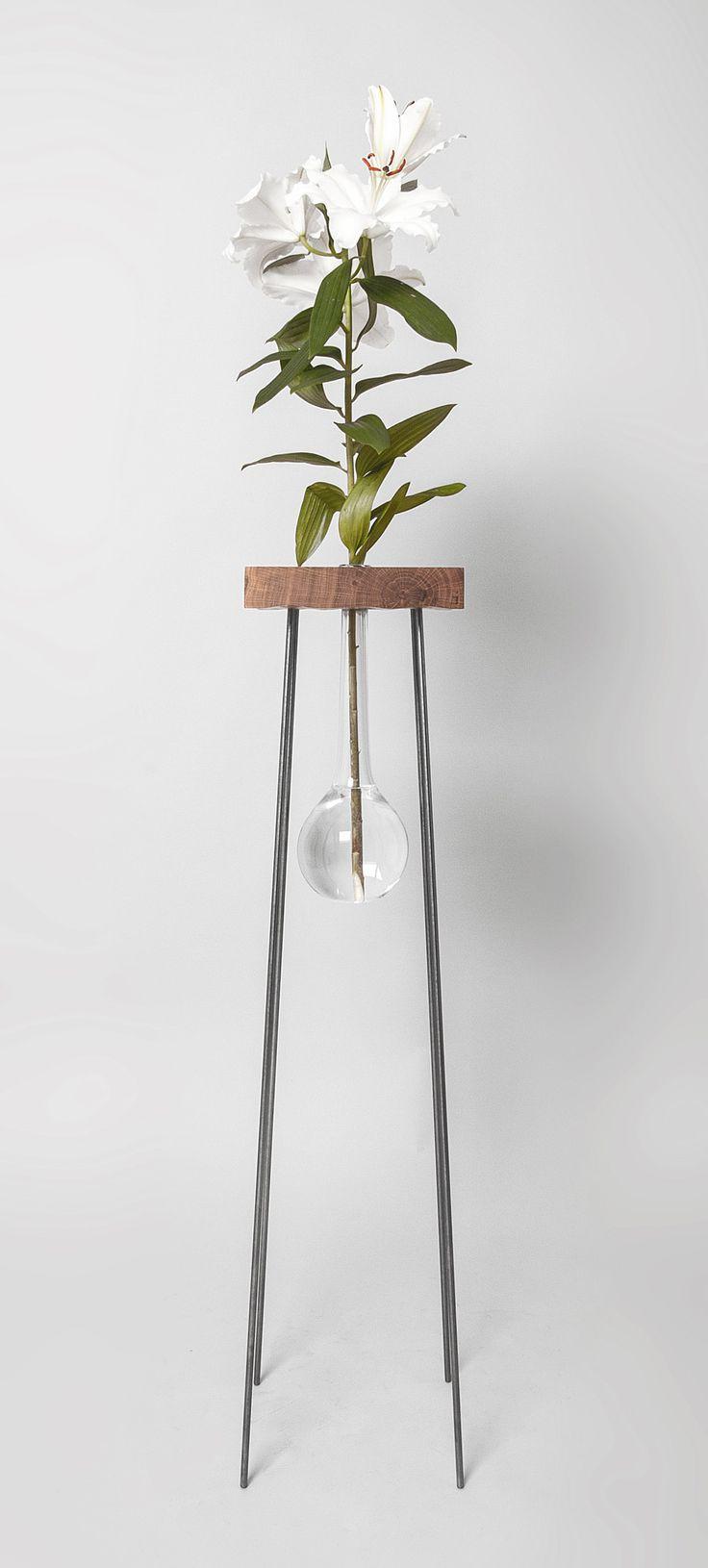 adamandsamlove - table for a flower