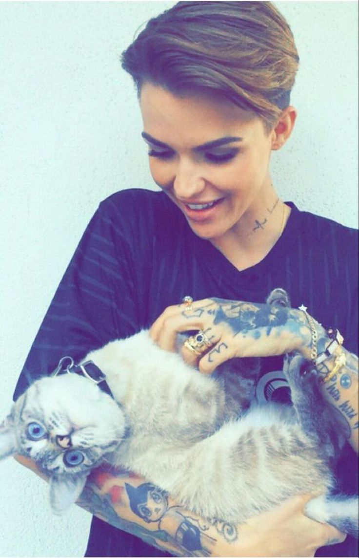 Ruby Rose with a pussy