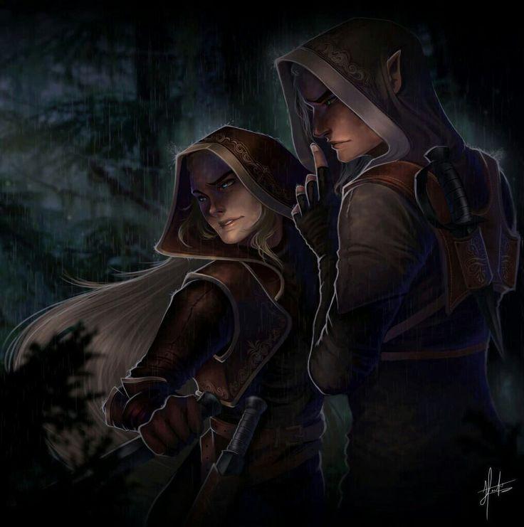 Nesse livro, eles são casal apenas de amizade, mas em Rainha das Sombras, sentimentos mais fortes começam a aparecer