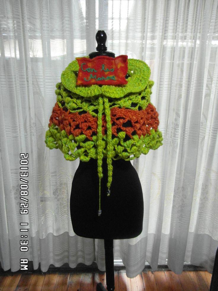 Poncho Tejido con Crochet