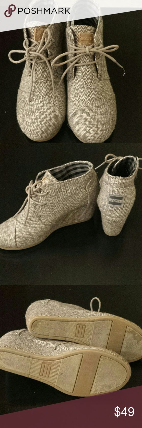 Wedge bootie Toms Chevron pattern grey-black classy wedge Tom booties. Great condition. TOMS Shoes Ankle Boots & Booties