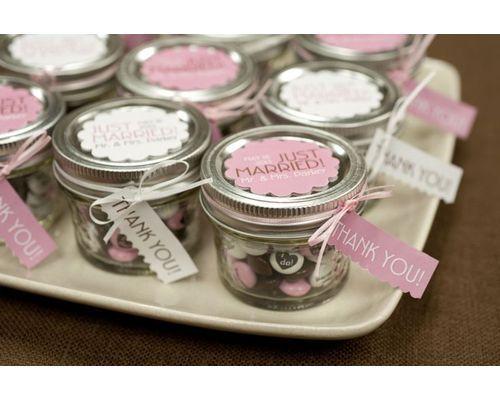 Frascos con dulces para despedida de soltera
