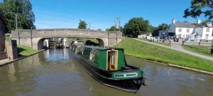 Luxury Narrowboat Holidays and Self Drive Canal Boat Hire - Experience the Magic of a Canal Boat Holiday and hire a narrowboat