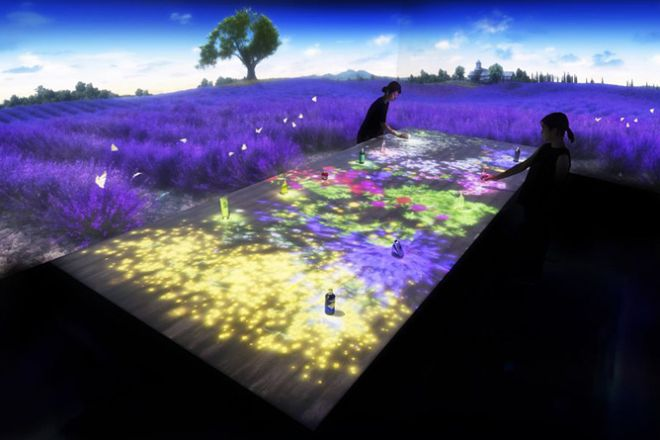 """L'OCCITANE brings a """"Digital"""" Provence to their retail stores in Tokyo installing virtual walk into purple lavender fields for those thousands miles away from the Mediterranean."""