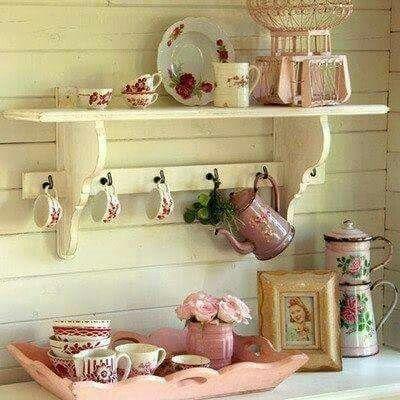 Peças antigas na decoração ficam lindas...