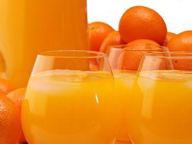 Para que sirve el jugo de limon, mandarina, lima, naranja y toronja, beneficios.  Todos estos citricos son abundantes en Vitamina C, se re...