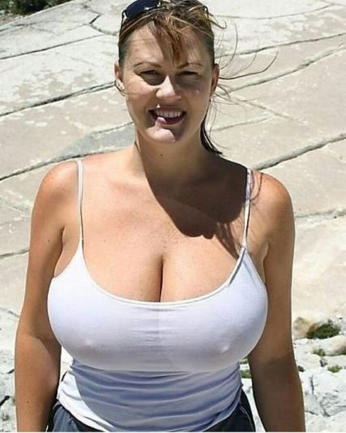 Women with huge natural tits-1472