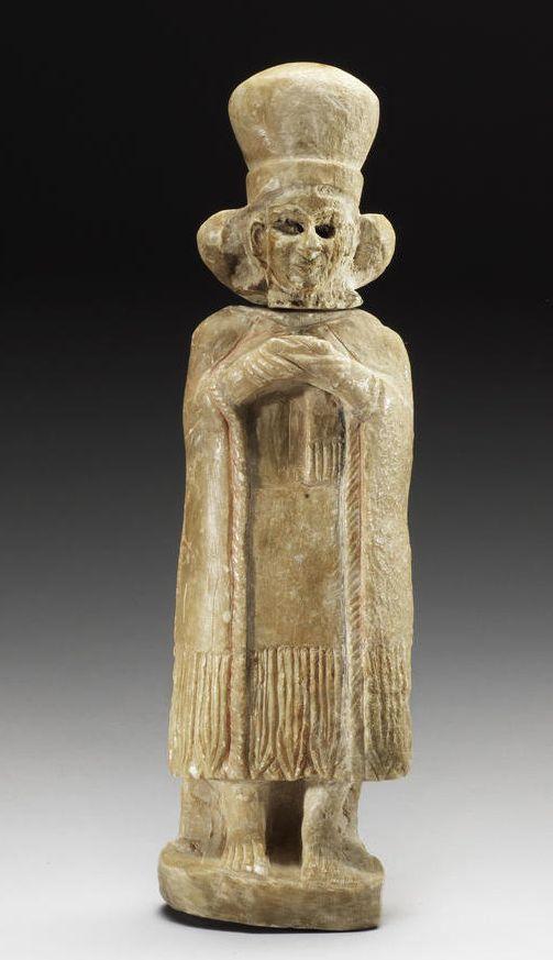 A Sumerian alabaster female worshipper  Early Dynastic II-III, circa 2900–2550 B.C