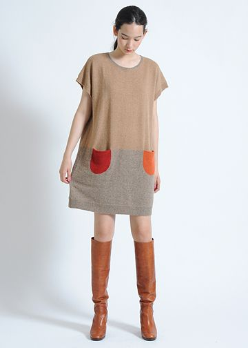 /: Color Blocking Dress, Contrasting Pockets, Combo Pockets, Fall Outfit, Fall Pockets, Colorblock Dress