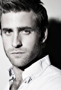 Oliver Jackson-Cohen another rumored Christian.... Mmmmmm he would work. Almost perfect for what I imagined actually