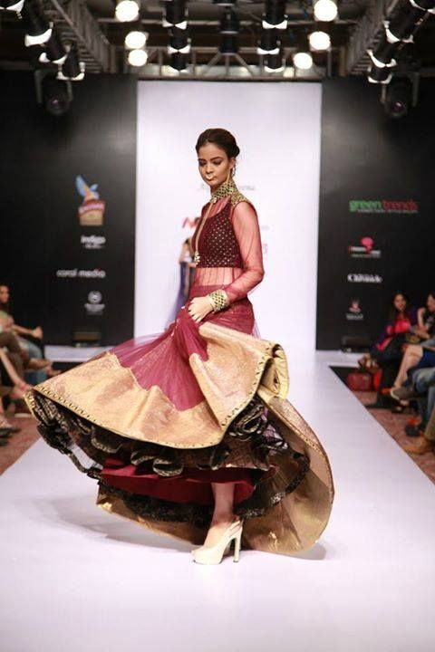 ALPA REENA Designer (sister) duo #AlpaReena have built a niche for themselves in the industry. Their #designs are contemporary yet timeless at the same time, making them masters at modern classicism